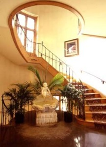 What a great staircase for my entrance! (Eaton Hall)